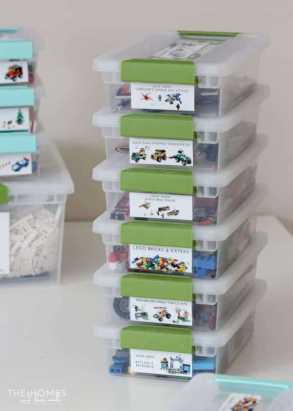 Lego Storage Ideas | AWESOME Lego storage ideas to keep your kids sets, minifigs and pieces organized.