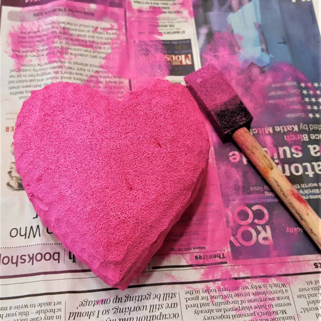 DIY Valentines Squishie | How to make a squishy! Perfect for friend or classmate Valentines presents. Squishies are sooo popular right now - use these instruction for a homemade squishie.