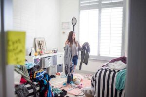 Messy house? Clean up in just one minute!